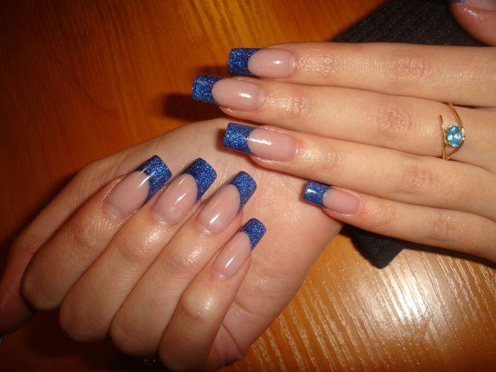 Синие ногти дизайн нарощенные
